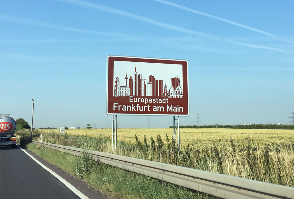 Frankfurt-Europastadt_Autobahn